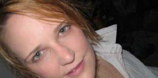 Unscheinbare Frau sucht Sexkontakte.